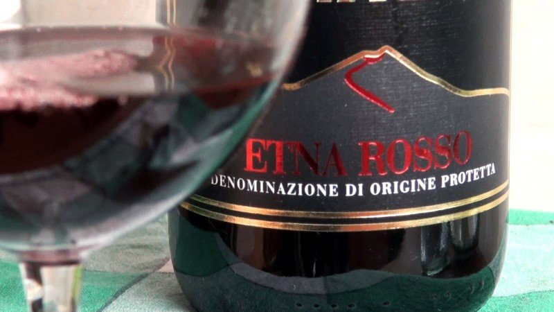 Vino Etna Rosso DOC
